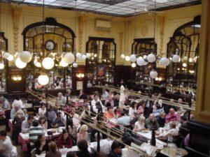 domina facebook para llenar tu restaurante - Agencia SEO